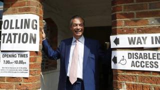 Αποτελέσματα εκλογών 2019: Πρώτο κόμμα μέχρι στιγμής στη Βρετανία το «Brexit» του Νάιτζελ Φάρατζ