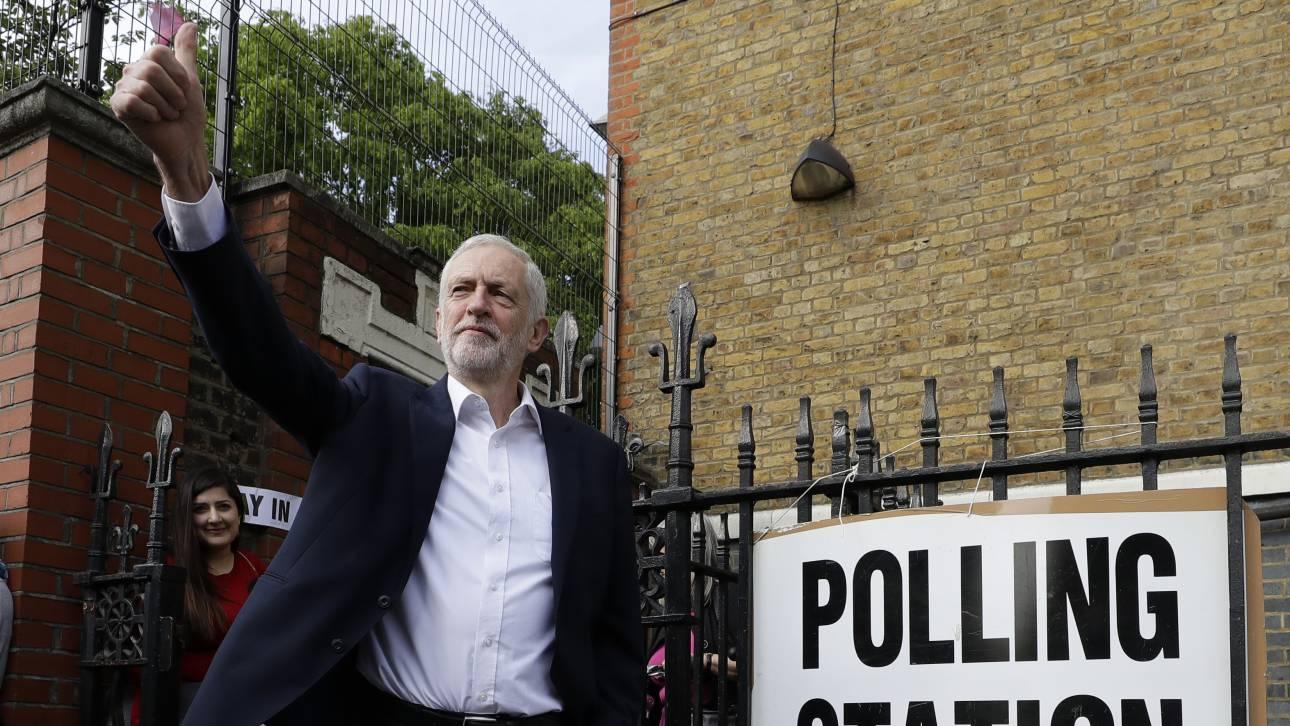 Ευρωεκλογές 2019: Bουλευτικές εκλογές ή δεύτερο δημοψήφισμα Brexit ζητά ο Κόρμπιν