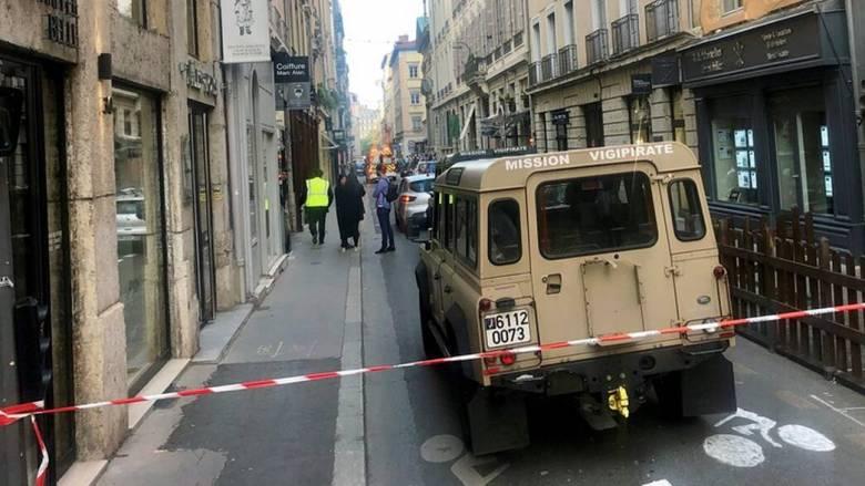 Γαλλία: Σύλληψη υπόπτων για την έκρηξη βόμβας στη Λυών