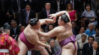 Τραμπ στην Ιαπωνία: Γκολφ, σούμο και διαπραγματεύσεις