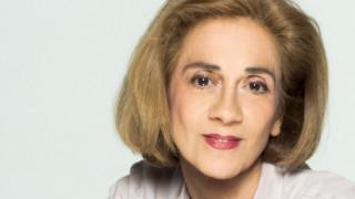 Η Μανίνα Ζουμπουλάκη έγραψε «Το (σχεδόν) ημερολόγιο μιας 82χρονης» - Γιατί Μανίνα;
