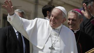 Ηχηρό μήνυμα του Πάπα μια μέρα μετά τις ευρωεκλογές για τους μετανάστες