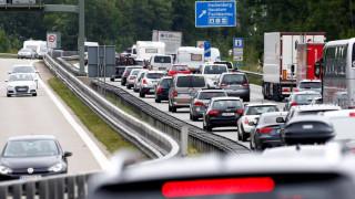 Γερμανία: Το... Άγιο Πνεύμα έσωσε οδηγό από πρόστιμο για υπερβολική ταχύτητα