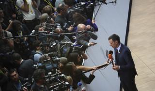 Σάντσεθ: Στη μάχη ισχύος της Ευρώπης ο Ισπανός πρωθυπουργός αναδεικνύεται ως ο «γεφυροποιός»