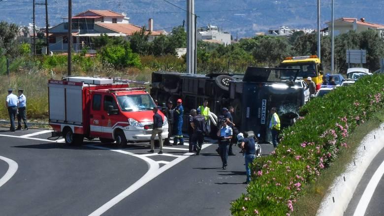 Τροχαίο στην Αθηνών – Κορίνθου: Ανάμεσα στους τραυματίες και ο ψιλικατζής από το Μοσχάτο