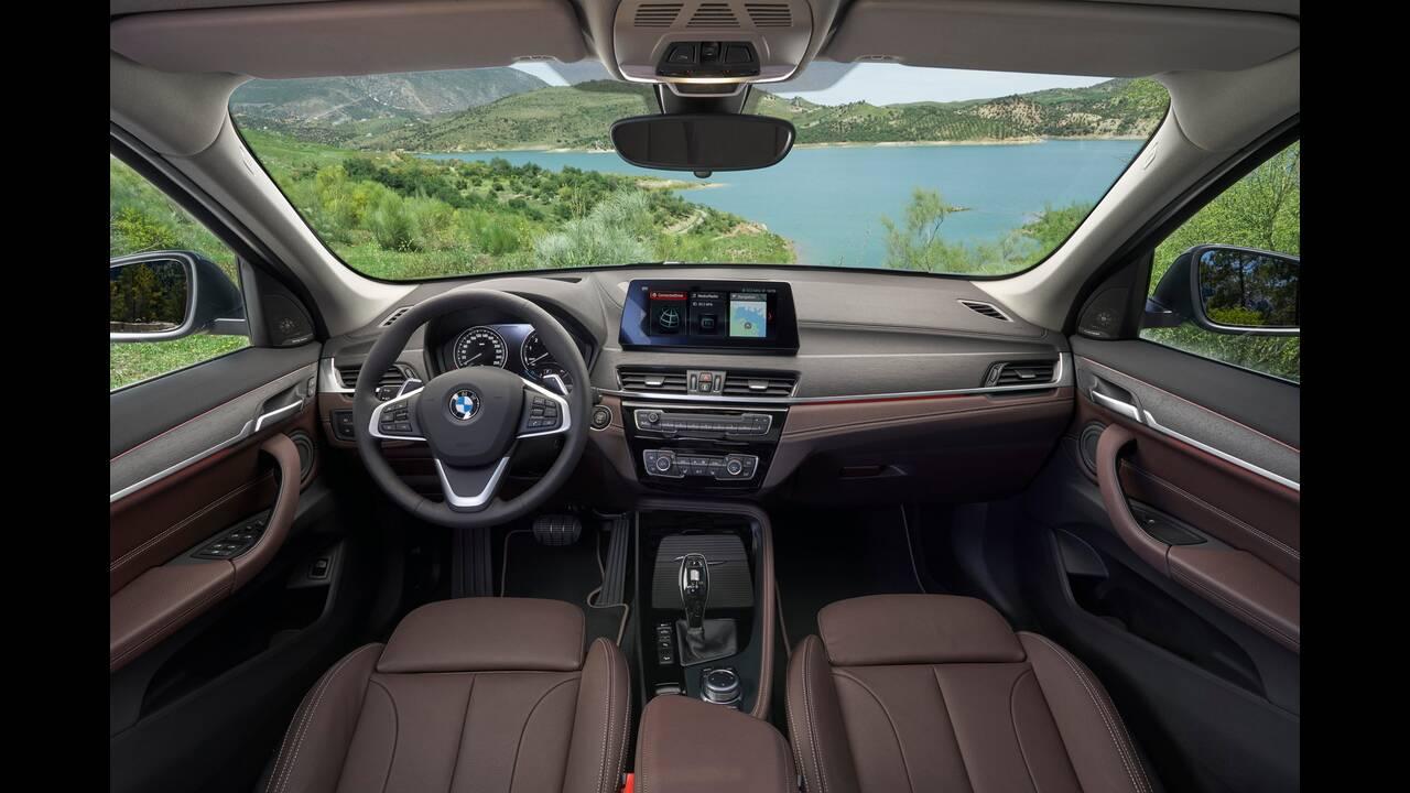 https://cdn.cnngreece.gr/media/news/2019/05/29/178618/photos/snapshot/BMW-X1-10.jpg