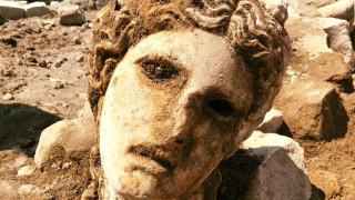 Σπουδαία αρχαιολογική ανακάλυψη στη Ρώμη: Βρέθηκε μαρμάρινο κεφάλι του θεού Διόνυσου