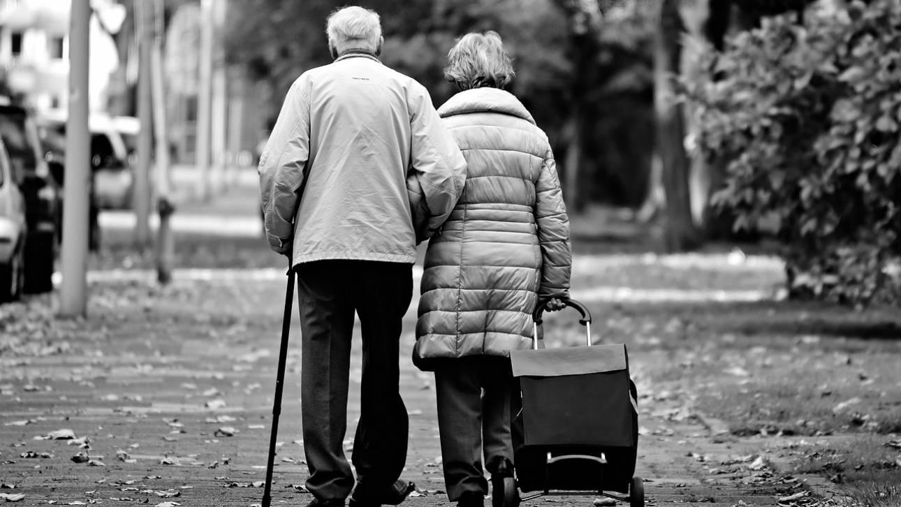 Επιστημονική έρευνα: 4.400 βήματα καθημερινά μειώνουν τον κίνδυνο πρόωρου θανάτου σε ηλικιωμένους