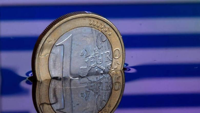 Υποχωρούν οι αποδόσεις των ελληνικών ομολόγων