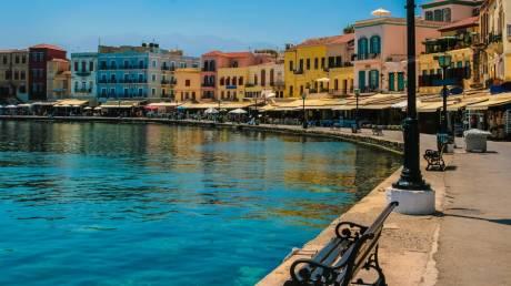 Επτά από τις πιο όμορφες παραθαλάσσιες πόλεις της Ελλάδας