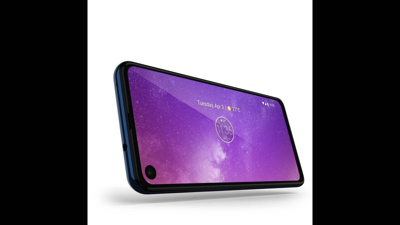 https://cdn.cnngreece.gr/media/news/2019/05/31/178900/photos/snapshot/Motorola-one-Vision_ROW_Sapphire-Gradient_Max-vision-1.jpg