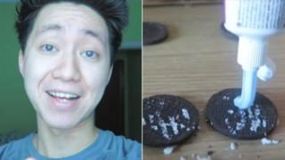 Φυλάκιση σε YouTuber που κορόιδεψε άστεγο δίνοντάς του μπισκότα με οδοντόκρεμα
