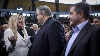 ΚΙΝΑΛ: Εκτός ο Βενιζέλος μετά το «άδειασμα» της Γεννηματά - Ανακοίνωσε Καμίνη στο Επικρατείας