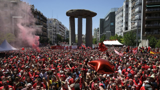 Τελικός Champions League LIVE: Σόου των οπαδών της Λίβερπουλ στη Μαδρίτη