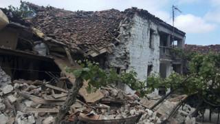 Τέσσερις τραυματίες και ζημιές σε 100 σπίτια από τους σεισμούς στα ελληνοαλβανικά σύνορα