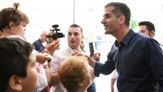 Δημοτικές εκλογές 2019: «Το από πάνω προς τα κάτω τελείωσε, στο εξής όλοι μαζί» είπε ο Μπακογιάννης