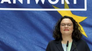 Γερμανία: Στηρίζουμε τον μεγάλο συνασπισμό, δηλώνει η αρχηγός του CDU για την παραίτηση Νάλες