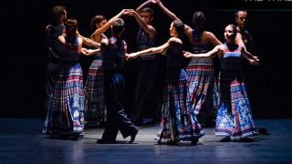 The Thread: Βαγγέλης Παπαθανασίου και Μαίρη Κατράντζου σε μια μοναδική παράσταση στην Επίδαυρο
