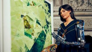 Ai-Da: Το ρομπότ-ζωγράφος κάνει την πρώτη του έκθεση