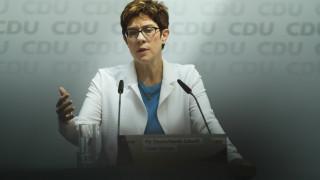 Καρενμπάουερ: Τo CDU έτοιμο να ανταποκριθεί στις κυβερνητικές του ευθύνες