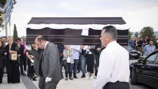 Συγγενείς, φίλοι και πρώην συμπαίκτες είπαν το τελευταίο «αντίο» στον Γιώργο Ξενίδη