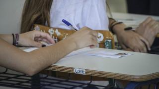 Πανελλήνιες εξετάσεις 2019: Τα πάνω κάτω με το νέο μηχανογραφικό - Δείτε το πρόγραμμα