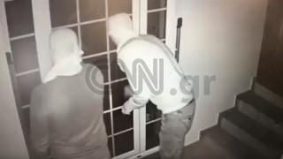 Αποκλειστικό: Βίντεο - ντοκουμέντο από τη δράση της σπείρας που «ξάφριζε» τα νότια προάστια