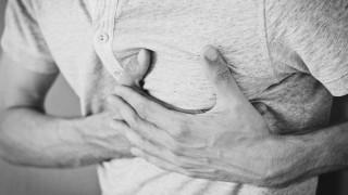 Χωρισμένοι ή χήροι άντρες κινδυνεύουν να πεθάνουν από καρδιά περισσότερο από τις γυναίκες