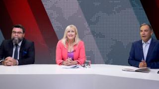 Αντιλογίες: Ελένη Αυλωνίτου και Βασίλης Οικονόμου στο στούντιο του CNN Greece