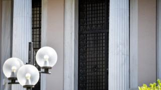 Η μείωση του αφορολόγητου, η ΝΔ και οι «ακραίοι των Βρυξελλών»