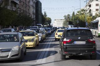 Δίπλωμα οδήγησης: Τροπολογία Σπίρτζη για τους οδηγούς άνω των 74 ετών
