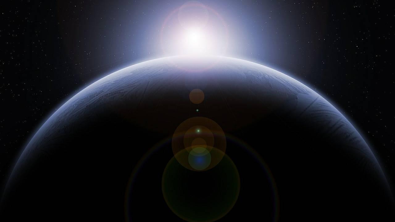 https://cdn.cnngreece.gr/media/news/2019/06/07/179795/photos/snapshot/planet-581239_1280.jpg