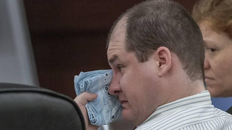 Η αναβίωση ενός φρικιαστικού εγκλήματος: Δικάζεται ο πατέρας που δολοφόνησε τα πέντε παιδιά του