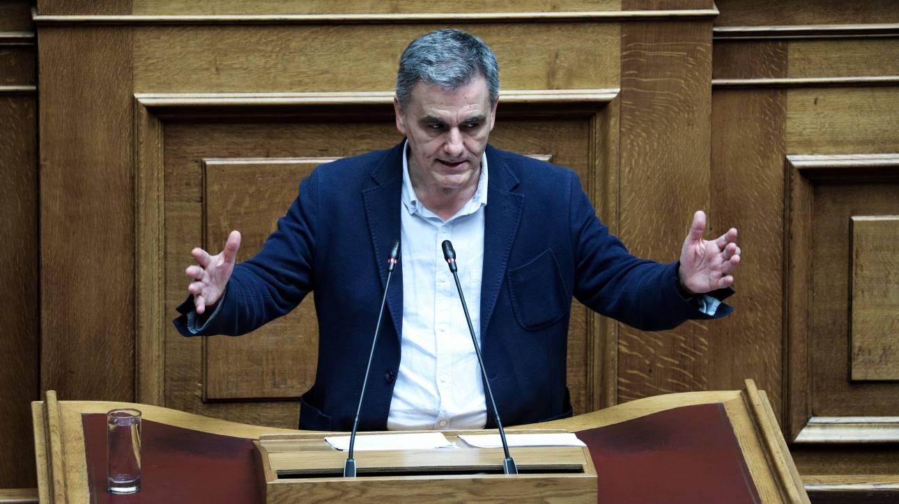 Προσκλητήριο Τσακαλώτου σε ψηφοφόρους ΚΙΝΑΛ και ΚΚΕ να συστρατευτούν με τον ΣΥΡΙΖΑ