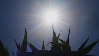 Καιρός: Αίθριος την Κυριακή με λίγες νεφώσεις και καταιγίδες