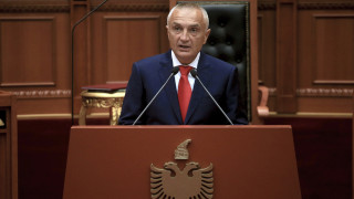 Πολιτική κρίση στην Αλβανία: Ακυρώνει τις δημοτικές εκλογές ο Μέτα