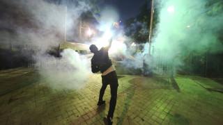 Διχόνοια, απειλές και επεισοδιακές διαδηλώσεις: Στη δίνη της πολιτικής αναταραχής η Αλβανία