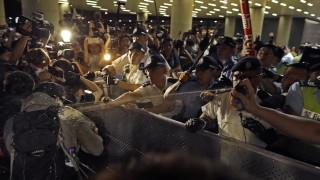 Χονγκ Κονγκ: Εκτεταμένα επεισόδια στη μαζική διαδήλωση κατά της έκδοσης «υπόπτων» στο Πεκίνο