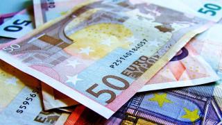 Στο επίκεντρο των επενδυτών το ελληνικό πενταετές ομόλογο