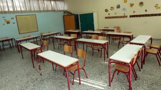 Ρόδος: Δάσκαλος απομακρύνθηκε από σχολείο επειδή κλείδωσε στην τάξη 9χρονο μαθητή και… έφυγε