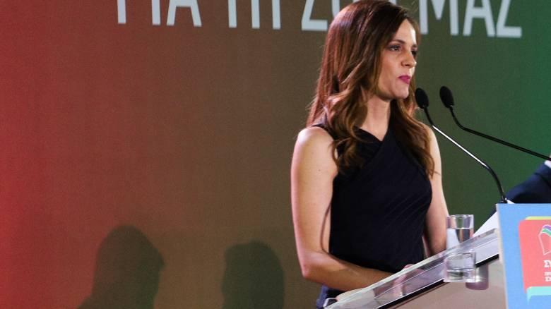 Αχτσιόγλου: Αύξηση του κατώτατου μισθού 15% μέχρι το 2021