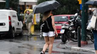 Καιρός: Βροχές, καταιγίδες και χαλάζι την Τετάρτη