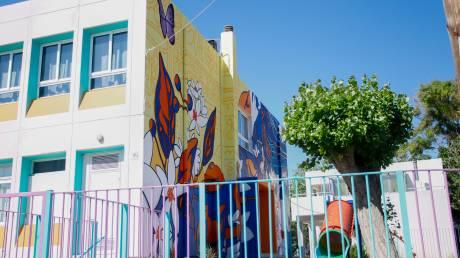 Νέα καταγγελία: Δασκάλα κλείδωσε μαθήτρια στην τάξη σε σχολείο της Αττικής (vid)