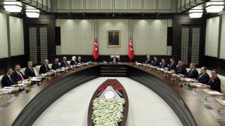 Στο ναδίρ οι σχέσεις ΗΠΑ – Τουρκίας: Έκτακτο υπουργικό συγκάλεσε ο Ερντογάν