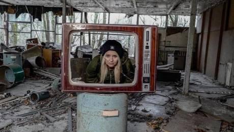 Οργή για τη νέα «μόδα»: Φωτογραφίζονται στην απαγορευμένη ζώνη του Τσερνόμπιλ (pics)