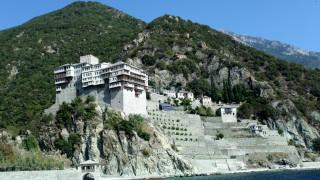 Άγιο Όρος: Συνελήφθη ο ιερόσυλος που έκλεψε τα τάματα από τη Μονή Ιβήρων