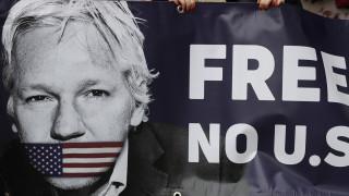 Τζούλιαν Ασάνζ: Τον  Φεβρουάριο εξετάζεται το αίτημα για έκδοσή του στις ΗΠΑ