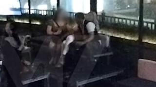 Κούμπα Γκούτινγκ Τζούνιορ: Βίντεο – ντοκουμέντο από τη «σεξουαλική παρενόχληση»