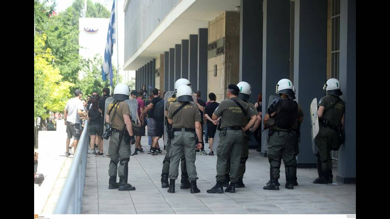 https://cdn.cnngreece.gr/media/news/2019/06/15/180772/photos/snapshot/4828170.jpg