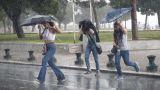Καιρός Αγίου Πνεύματος: Πού θα «χτυπήσουν» καταιγίδες την τελευταία μέρα του τριημέρου